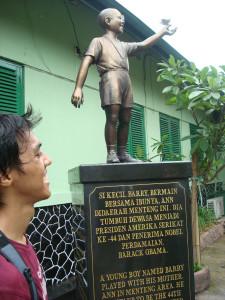 Obama returns to childhood home of Indonesia