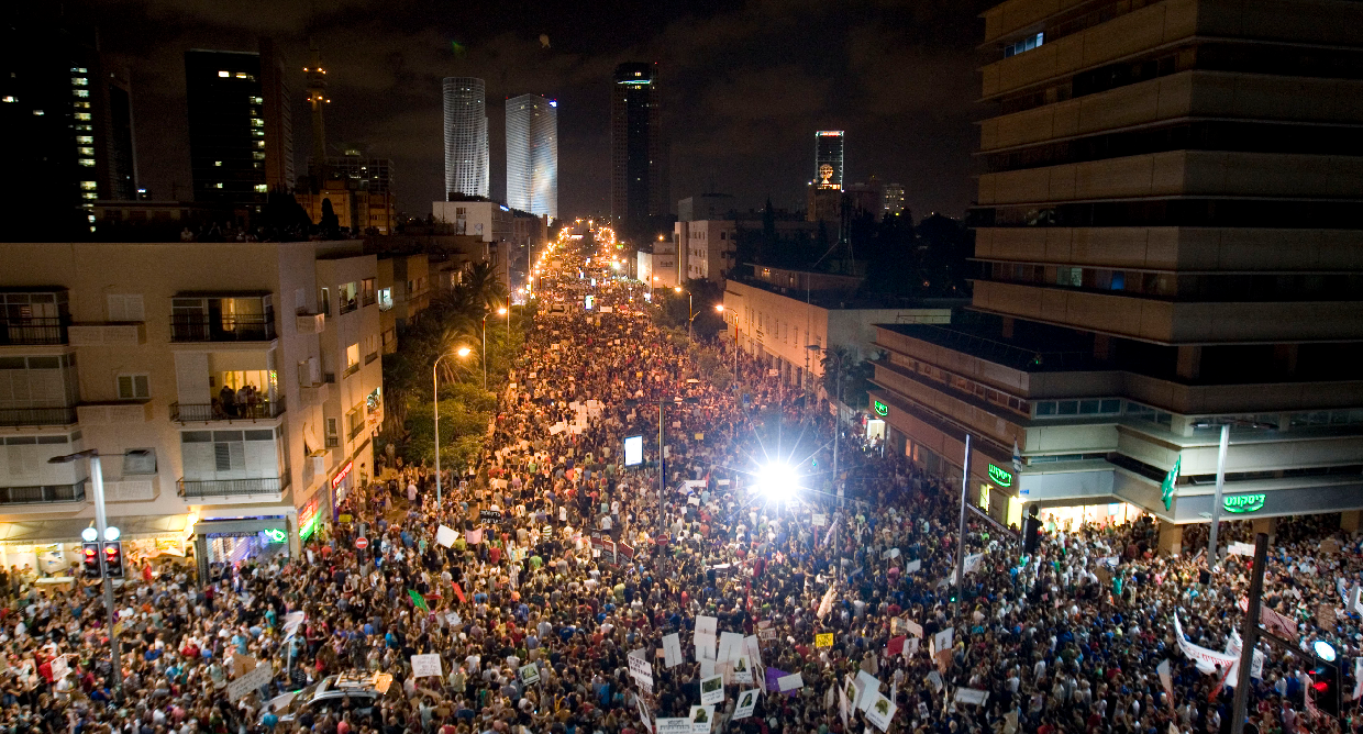 Israelis protesting against high costs of living in Tel Aviv, 2011